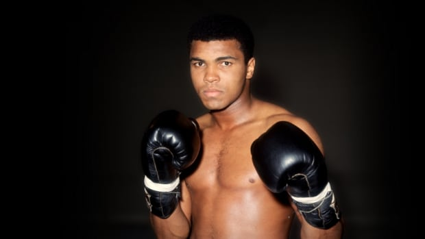 muhammad-ali-10-things-hero-2