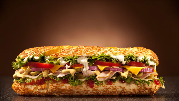 hungry-story-of-the-sandwich-istock_000016810360large-2