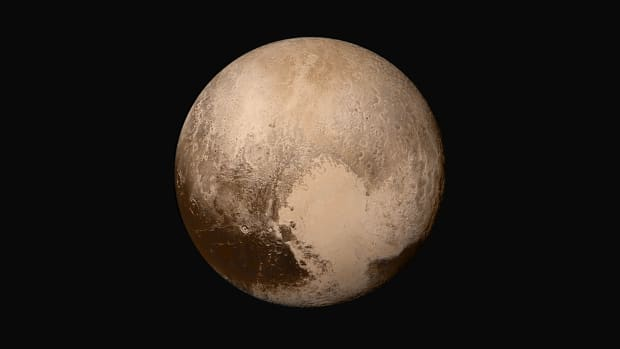 hith-nh-pluto-in-true-color-2