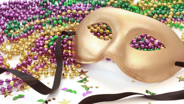 hith-from-king-cake-to-zulu-coconuts-the-history-of-7-mardi-gras-traditions_istock_000005574348large-2