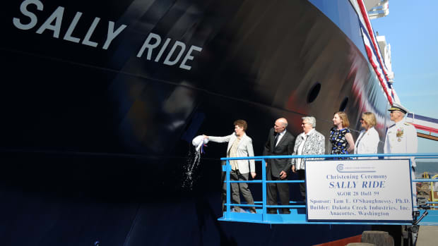 hith-navy-christens-ship-sally-ride-ceremony-2