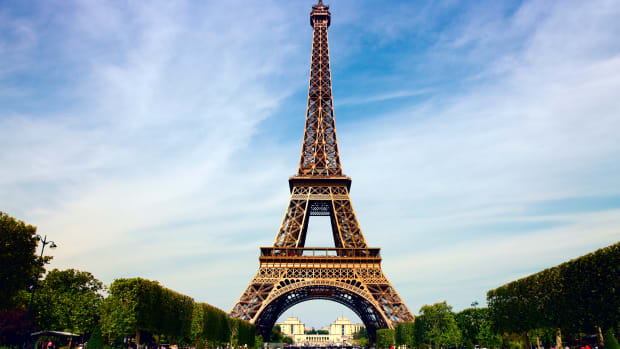 hith-eiffel-tower-istock_000016468972large-2