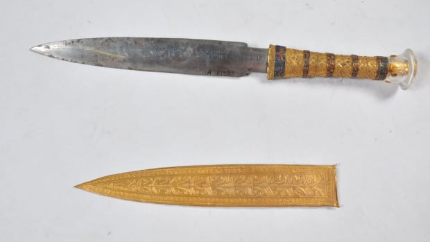 hith-king-tut-dagger-the-iron-dagger-picture-1-resized-2