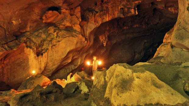 hith-indonesian-cave-2