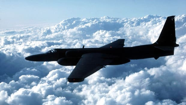 history-lists-5-cold-war-close-calls-another-u-2-spy-plane-incident-1144425-2