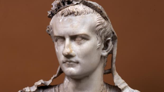 list-10-mad-monarchs-caligula-2