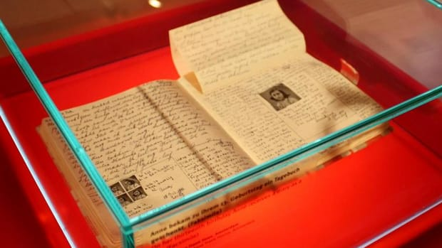 Hidden Pages In Anne Frank S Diary Deciphered After 75 Years History