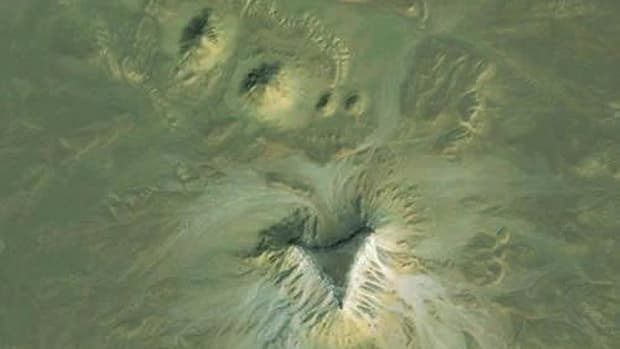 hith-google-earth-eqyptian-pyramid-2