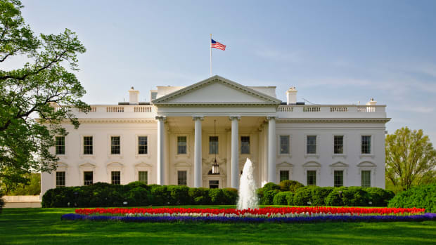 district-of-columbia_white-house_corbis-2