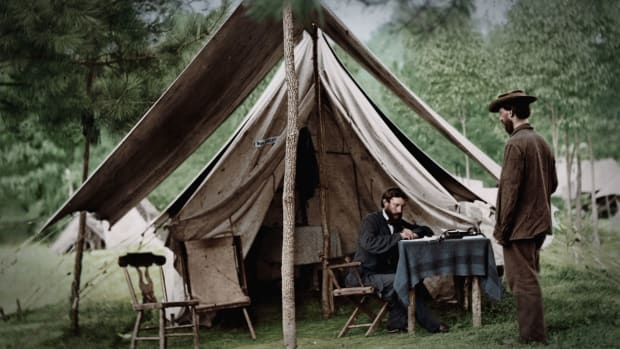 "Using a revolutionary new form of communication, President Abraham Lincoln issues the Emancipation Proclamation, which he believes will give the Union both a moral and strategic advantage, in this scene from ""The March to War."""