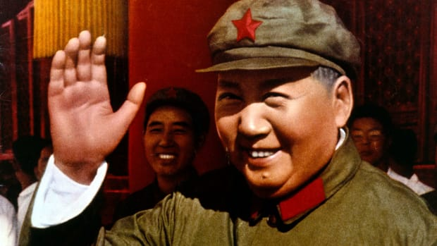 Mao Zedong (1893 – 1976), leader of the People?s Republic of China, circa 1955. (Photo by PVDE/RDA/Hulton Archive/Getty Images)
