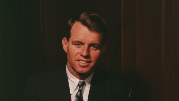 A portrait of the American politician Robert F. Kennedy (1925 – 1968), with his hands clasped upon his knee, Massachussetts, mid-20th century. He served as the 64th Attorney General of the United States from 1961 to 1964. (Photo by Bachrach/Getty Images)