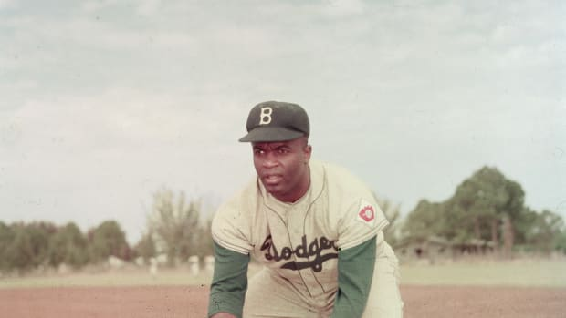 jackie-robinson-in-action