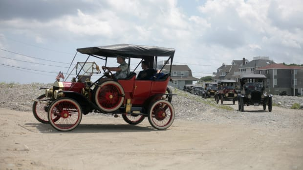 Metro – Feature – Scituate, MA – 08/05/2012 — Over 15 Ford Model T's arrive at a cookout on the property of an Old Colony Model T Club member in Scituate Sunday afternoon. From September 1908 to October 1927 15 million Model T's were produced with an estimated 1 million still in existence. (Tamir Kalifa for The Boston Globe)