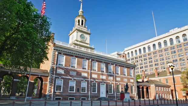 1732-1756, Philadelphia, Pennsylvania, USA — Independence Hall in Philadelphia. Independence Hall was known as the Pennsylvania State House before it adopted its current name. The building began in 1732 and didn't see its completion for 21 years until 1753. Andrew Johnson oversaw the planning and guaranteed its completion. This building became the symbol of the nation and by every estimate the birthplace of America. — Image by © William Manning/Corbis