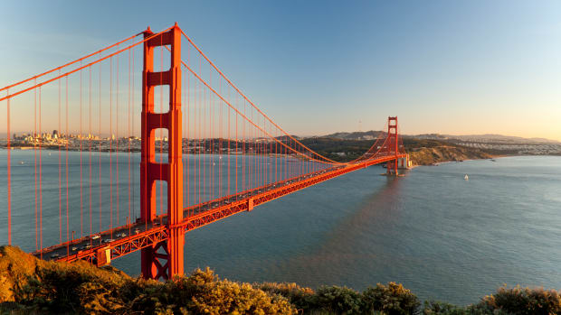Golden Gate Bridge, San Francisco. Sunset. (istock)