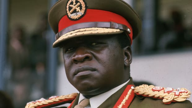 circa 1972:  Ugandan soldier, dictactor and head of state (1971 – 1978) General Idi Amin.  (Photo by Keystone/Getty Images)