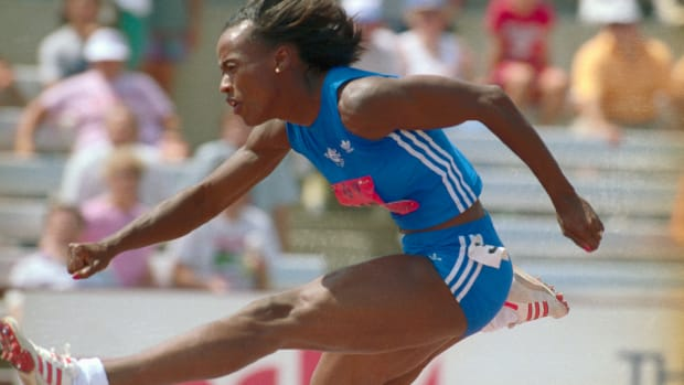 jackie-joyner-jumping-hurdles-during-heptathlon-olympic-trials