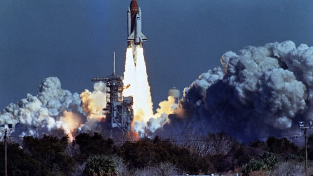 20th-anniversary-of-the-us-space-shuttle-challengers-explosion