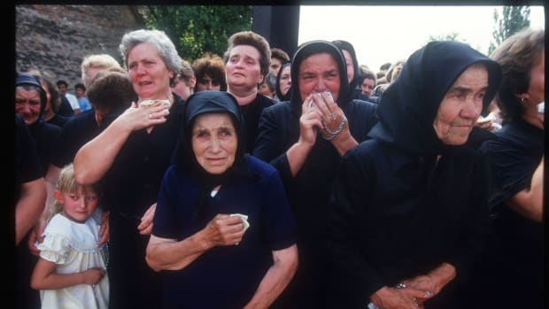 299918 68: A Group Of Women Cry In Yugoslavia. Slobodan Milosevic Came To Power Instituting Serbian Nationalism And Encouraging The Policy Of Ethnic Cleansing And Enforced The Expulsion Of Bosnian Muslims From The Country.  (Photo By Malcolm Linton/Getty Images)