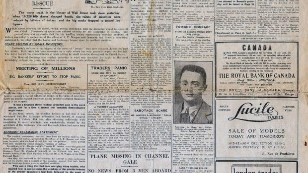 UNSPECIFIED – 1929: Front page of the Continental edition of the London 'Daily Mail' 25 October 1929 reporting the Wall Street Crash. (Photo by Universal History Archive/Getty Images)