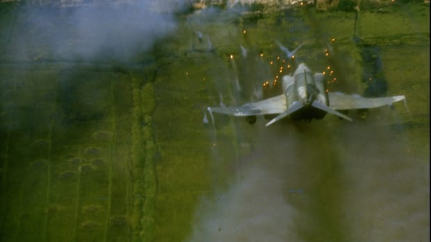 operation-rolling-thunder-vietnam