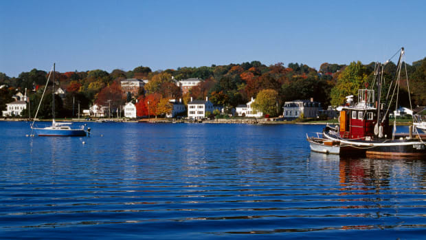 2005, Old Mystic, Connecticut, USA — Old Mystic in Autumn — Image by © Franz-Marc Frei/Corbis