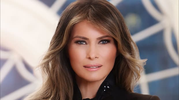 topic-melania-trump-portrait