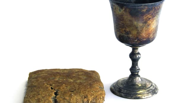 ask-history-what-is-the-holy-grail