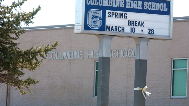 minnesota-school-shootings-draw-comparisons-to-columbine-rampage