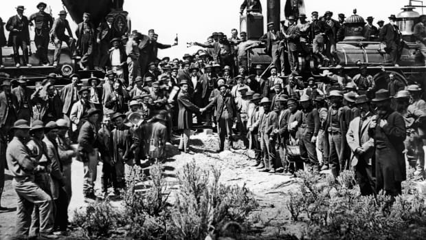 transcontinental-railroad-2