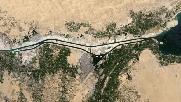satellite-views-of-the-suez-canal