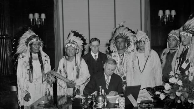 secretary-of-interior-meeting-with-native-american-tribal-leaders