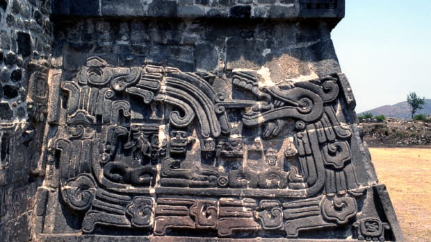 the-temple-of-the-feathered-serpent-at-the-fortified-hilltop-city-of-xochicalco-in-the-central-highlands-of-mexico