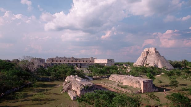 uxmal-mayan-ruins-in-mexico
