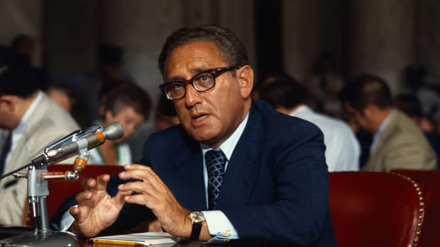 "07 Sep 1973, Washington, DC, USA — Appearing before the Senate Foreign Relations Committee 9/7 on his nomination to be Secretary of State, Henry Kissinger pledged to cooperate closely with Congress in conducting foreign policy for a ""durable peace."" — Image by © Bettmann/CORBIS"