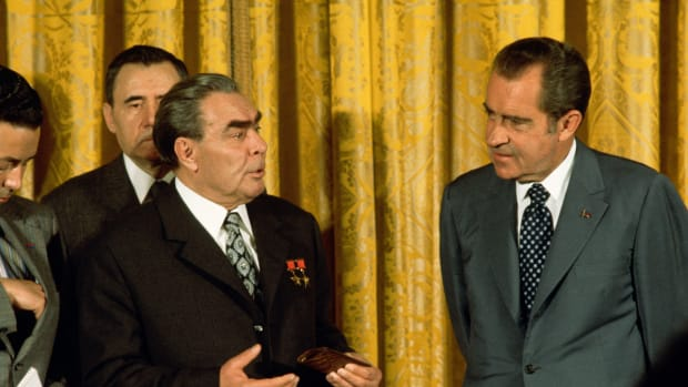 June 1973, Washington, DC, USA — US President Richard Nixon meets with USSR President Leonid Brezhnev. Foreign minister and future USSR President Andrei Gromyko can be seen behind Brezhnev. — Image by © Wally McNamee/CORBIS