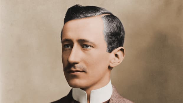 circa 1910:  Italian physicist and inventor Guglielmo Marconi (1874 – 1937), who developed wireless communication.  (Photo by Stock Montage/Stock Montage/Getty Images)