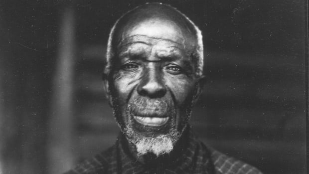 Cudjo Lewis, the last surviving captive of the last slave ship to bring Africans to the U.S. (Credit: Erik Overbey Collection, The Doy Leale McCall Rare Book and Manuscript Library, University of South Alabama)