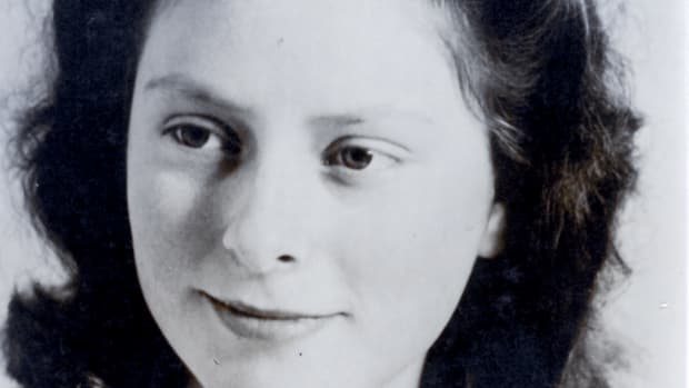 Freddie Oversteegen as a teenager during World War II.