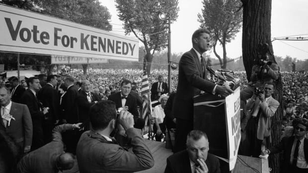 JFK-Catholic-GettyImages-50557921