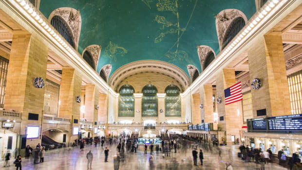 Grand-Central-Terminal-GettyImages-176608565