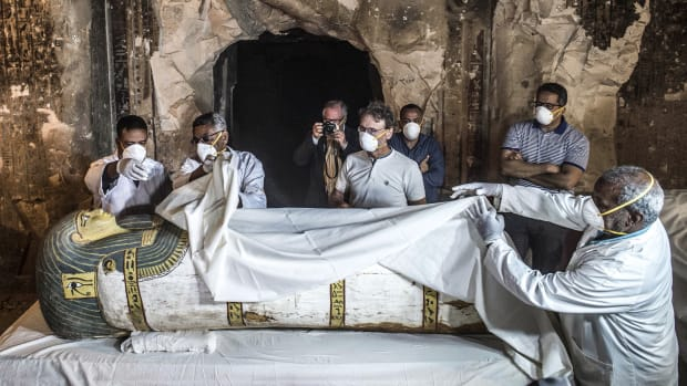 News-Ancient Egypt-Mummy-Tomb-Getty-1064734358_social