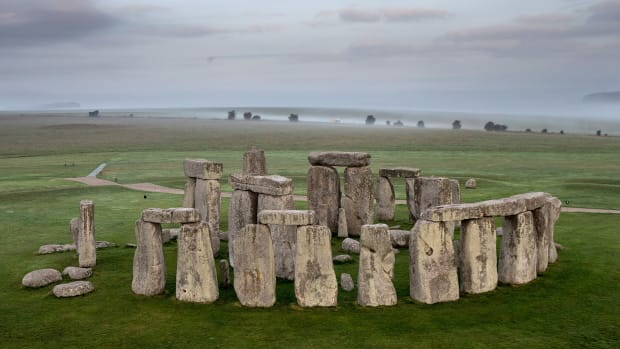 Stonehenge-GettyImages-599815110