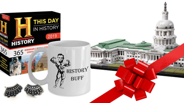 2018 Holiday History Gift Guide-promo