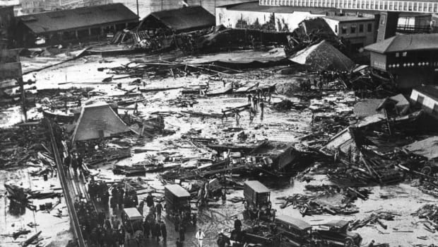 Molasses_Flood_GettyImages-154351548_feature