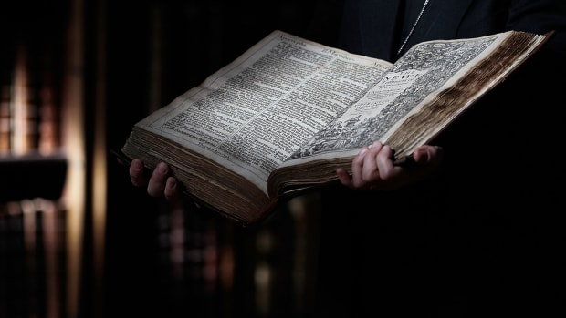 an open King James Bible