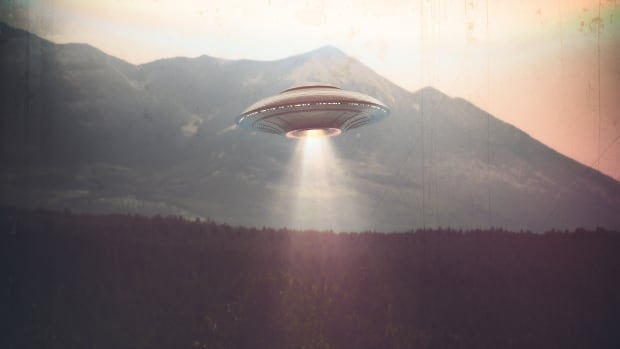 UFO-sightings-promo-1125685802