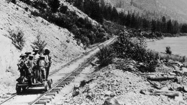 Transcontinental Railroad - Construction, Competition