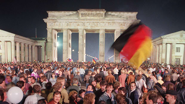 This Day In History: East and West Germany reunite after 45 years